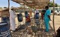 اليوناميد توزَع مواد نظافة على النازحين بوسط دارفور لمساعدتهم على مكافحة انتشار كوفيد - 19